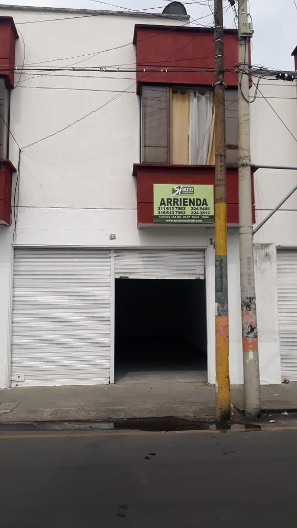 Se arrienda local en Barrio Centro:  Cra 25 30-12