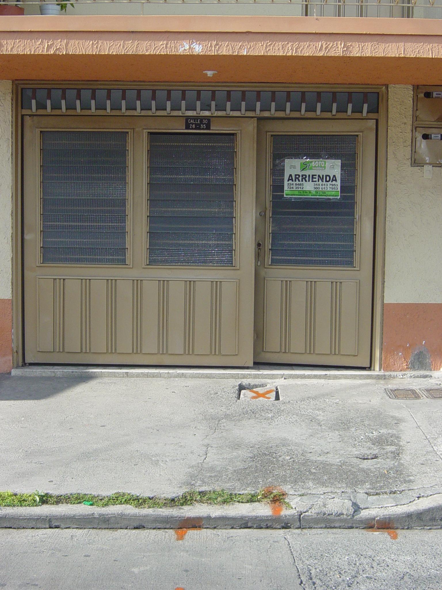 Se vende casa en salesiano: CLL30 26-35