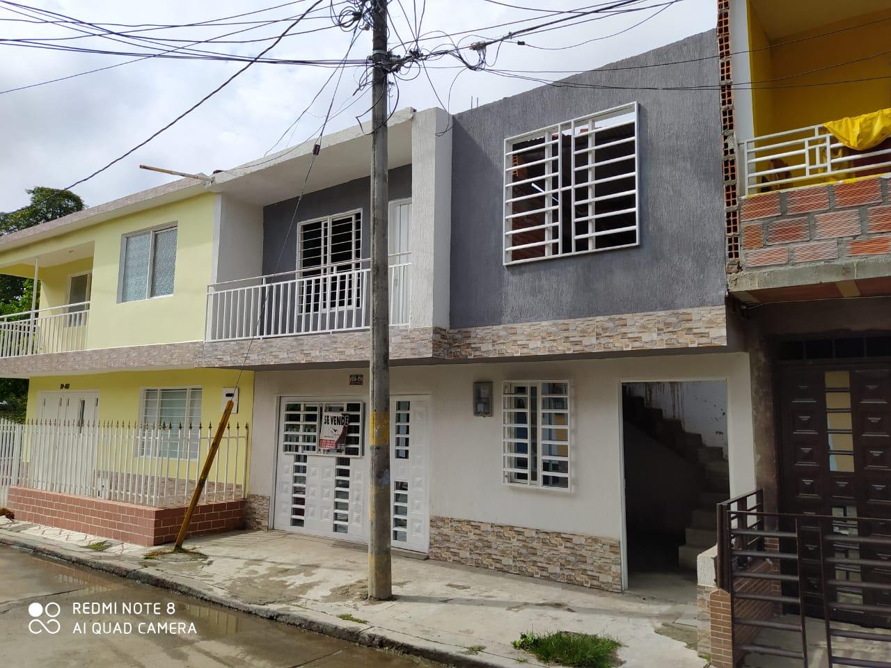 Se Vende casa Barrio las Brisas Cll 12C 28A-54